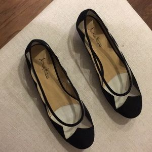 Black and clear flats